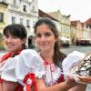 Chodské slavnosti, folklorní festival, chodské koláče, dívky, kroj