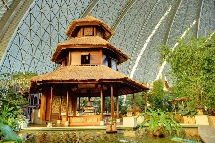 Tropical_Islands_Bali-Pavillon_im_Tropendorf